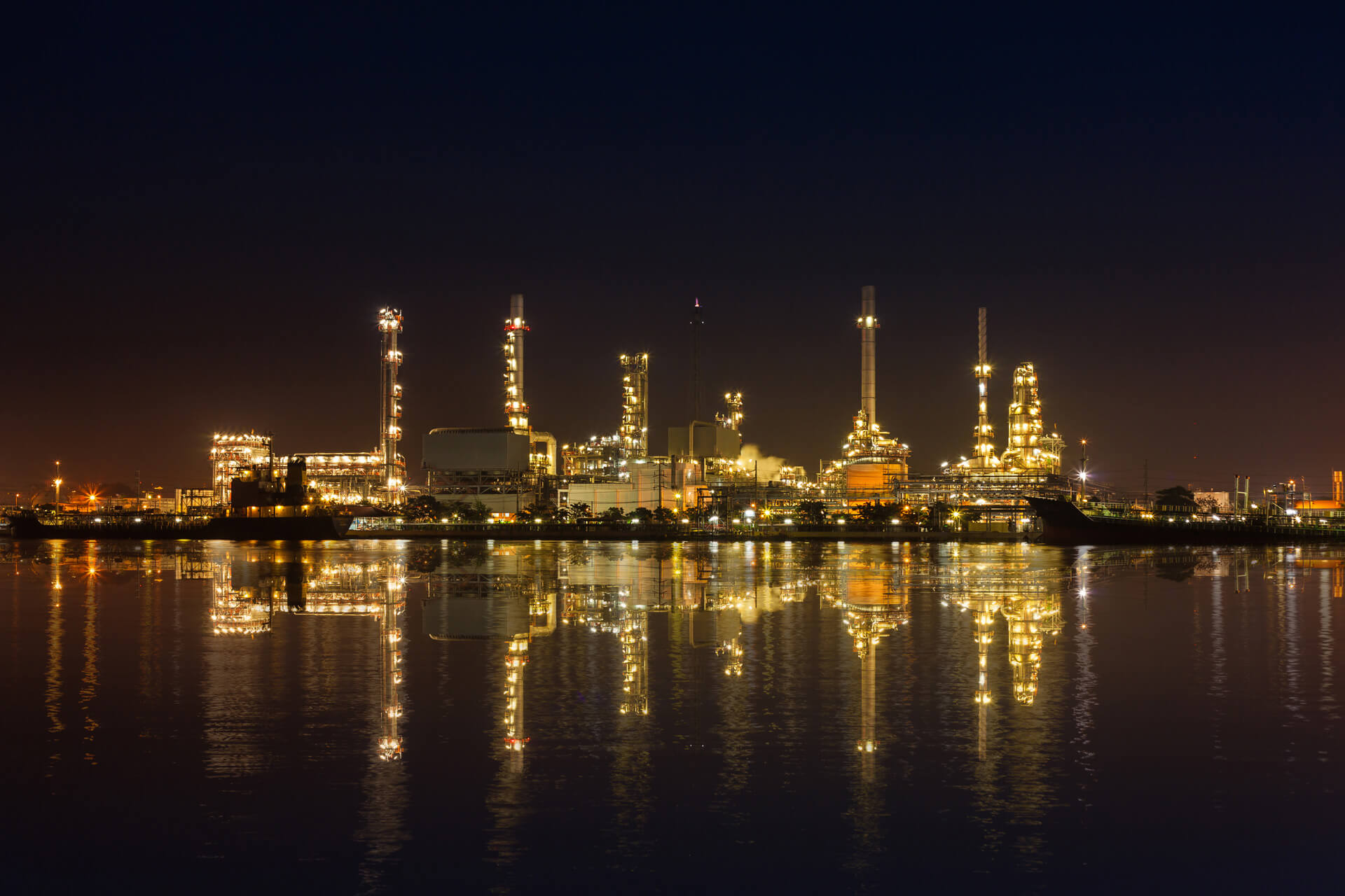 The Oil and Gas Industry uses ERA's software solutions.